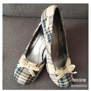 ■ Madden Girl ■ (9) Dainty Plaid Heels